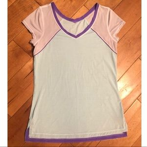 Lululemon Athletic Top V-Neck Short Sleeve Size 4